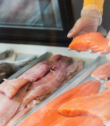 Steekproef: Veel vishandelaren maken er een potje van en informeren hun klanten slecht