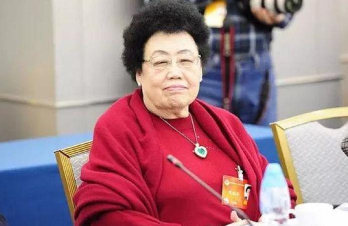 Chen Lihua (76) blijkt de rijkste vrouwelijke ondernemer ter wereld.
