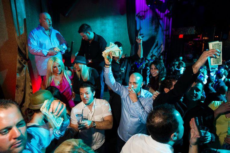 Bezoekers in nachtclub Vanity in Las Vegas, 2010. Beeld Lauren Greenfield/INSTITUTE