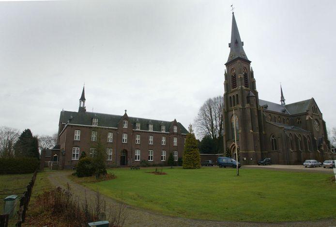 Het voormalige Klooster van Kranenburg gaat dienen als onderkomen voor het Trauma Centrum Nederland.