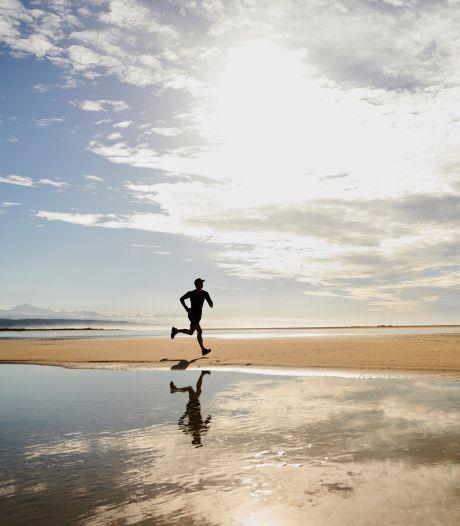 Un joggeur se jette à l'eau pour échapper à un contrôle après le couvre-feu