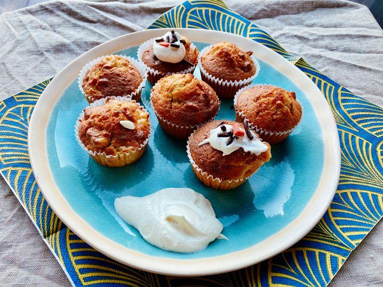 Cupcakes met banaan en walnoot. Beeld Tallina van den Hoed
