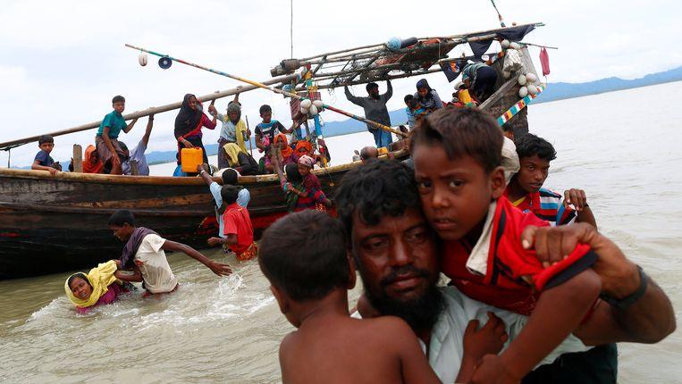 Deze Rohingya-vluchtelingen hebben net de grens met Myanmar overgestoken. Beeld reuters