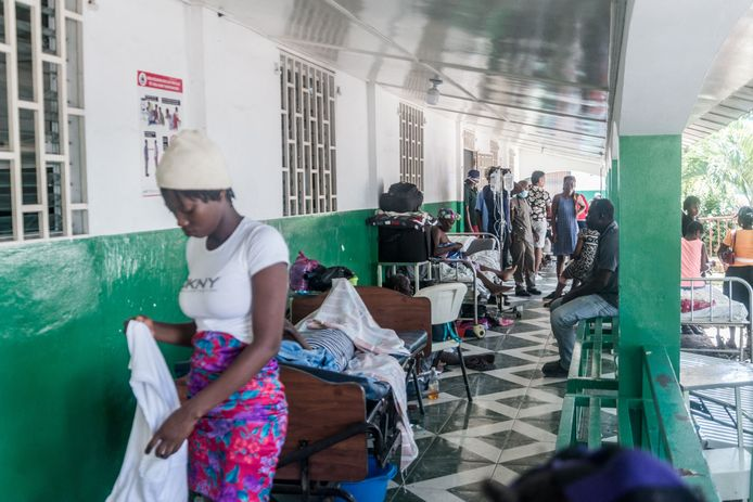 Gewonden in een hospitaal in Les Cayes in het zuidwesten van het land.