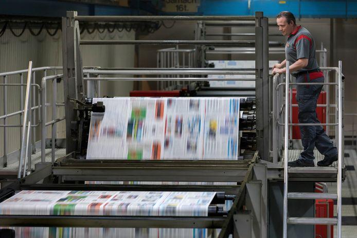 BEST - De drukkerij van DPG-Media in Best waar Het Kanton gedrukt wordt.