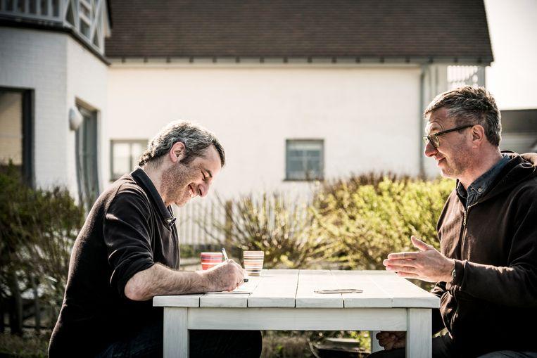 Jan Verheyen en verslaggever Rik Van Puymbroeck. Beeld Diego Franssens