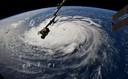 Een satellietfoto van NASA brengt de omvang van orkaan Florence boven de Atlantische oceaan scherp in beeld.