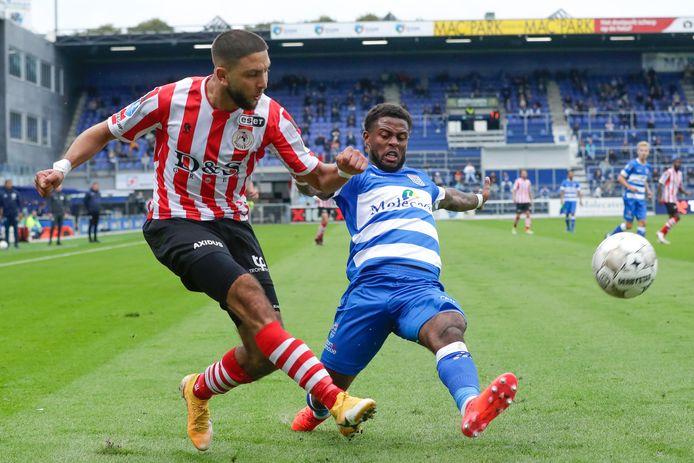 Kenneth Paal (rechts) keert zaterdag voor het eerst in acht weken weer terug in de basis van PEC Zwolle.