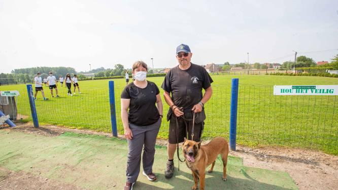 """Hondenschool Hond en Vriend stelt terrein open voor  Immaculata Maria-instituut: """"Zo kunnen kinderen buiten LO volgen"""""""