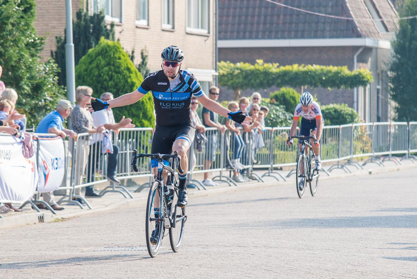 Koen Wulterkens wint de Ronde van Oosterhout in 2017: is hij de laatste winnaar?