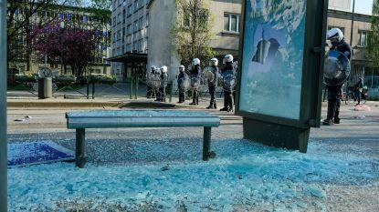 Relschoppers steken nog eens vijf wagens in brand in Anderlecht
