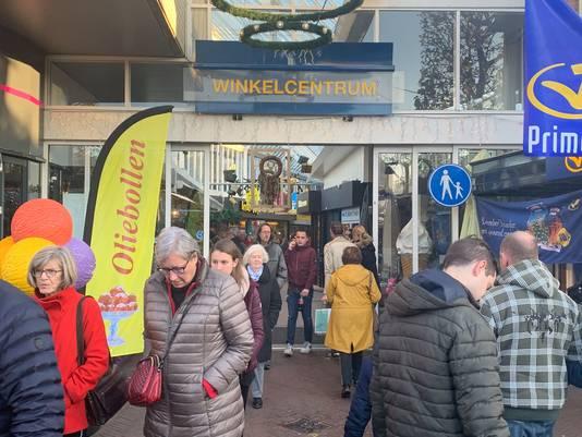 Het centrum van Wijchen liep zaterdagmiddag vol met winkelend publiek.