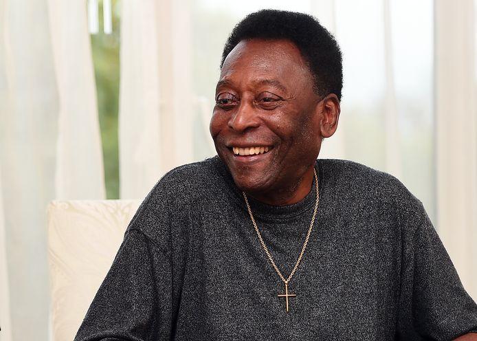 Pelé is weer aan de betere hand.