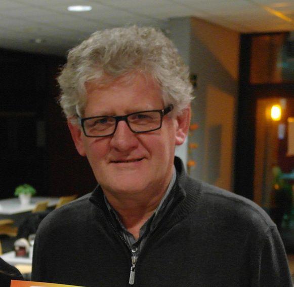 Peter De Naeyer.