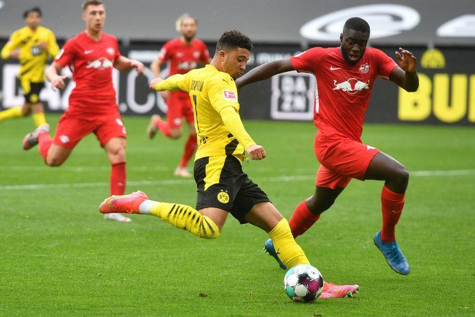 Jadon Sancho aan het kanon voor Borussia.