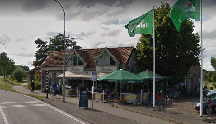 Café De Oranjeboom.