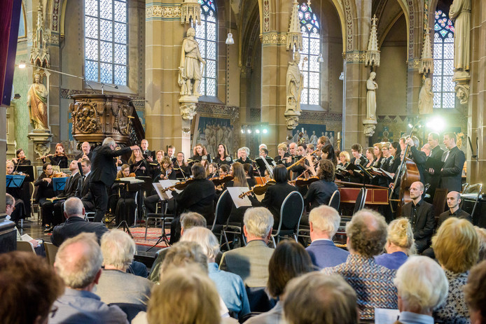 Matthäus Passion in de Lambertuskerk in Helmond (archieffoto).