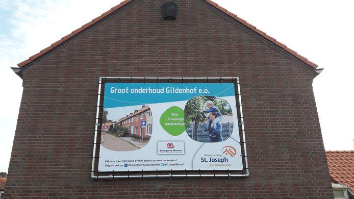 Het groot onderhoud van huurhuizen aan de Gildenhof en omgeving in Boxtel wordt midden september hervat. Het werk lag maanden stil na het faillissement van Bouwgroep Moonen uit Den Bosch.