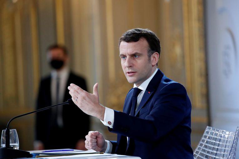 Liefst 85 procent van de Fransen heeft het gevoel dat de politieke leiders, zoals president Macron, zich niet om hen bekommeren.  Beeld REUTERS