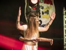 Dansmariekes geven in Fleringen alles èn niets voor eerste plek