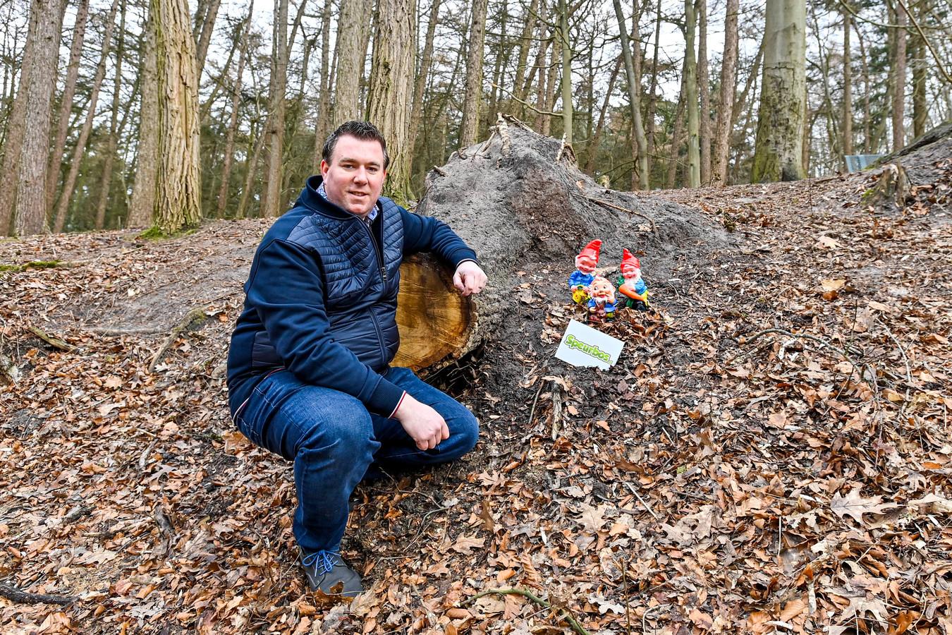 Richard Schouw heeft nieuw speurspel uitgezet in het Pagnevaartbos.