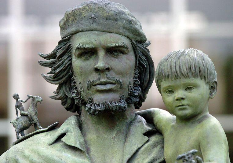 Een beeld van Che Guevara in Santa Clara, Cuba. Beeld EPA