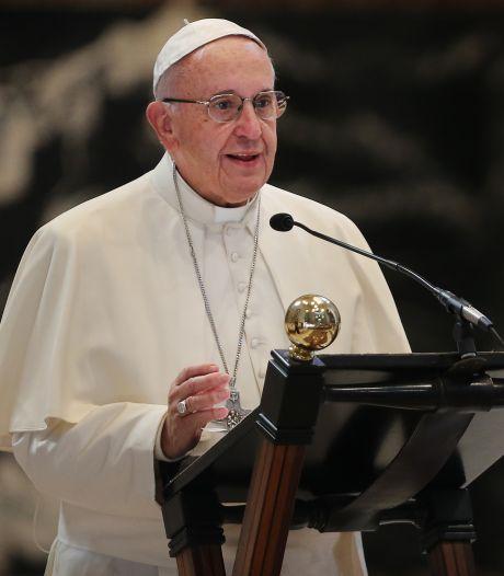 Paus pleit voor geregistreerd partnerschap voor homoseksuelen