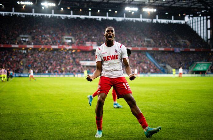 Kingsley Ehizibue kende een moeilijk seizoen bij 1. FC Köln. Zo speelde de Zwollenaar vaker niet dan wel.