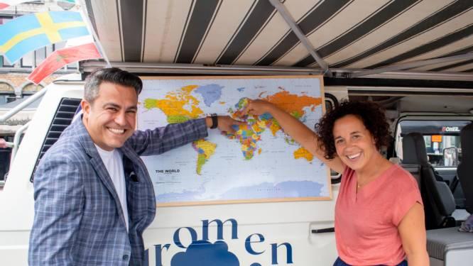 """Verhalenbus sprokkelt verhalen over migratie: """"Inwoners binden aan elkaar"""""""