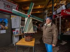 Molenaar is dolblij met terugkeer van Dordtse molen, ook al is het een mini-versie