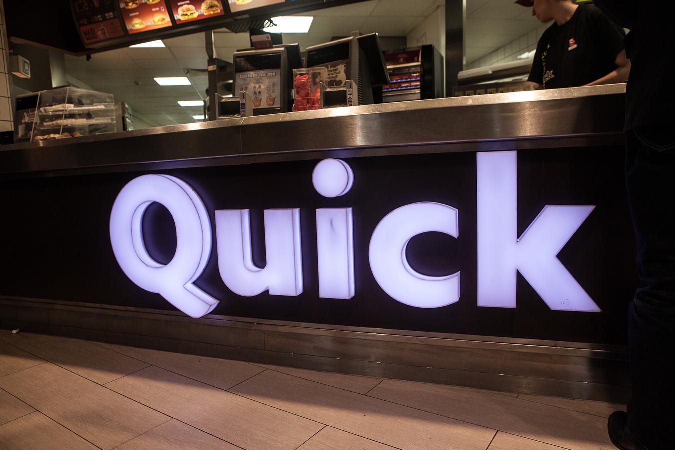 De feiten speelden zich af in een restaurant van Quick. (illustratiebeeld)