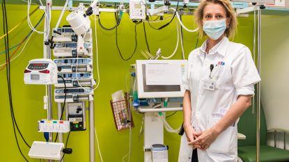 """INTERVIEW. Topdokter Elisabeth De Waele (42) van de dienst intensieve zorgen in het UZ Brussel: """"Er is een angstaanjagend domino-effect bezig binnen families"""""""