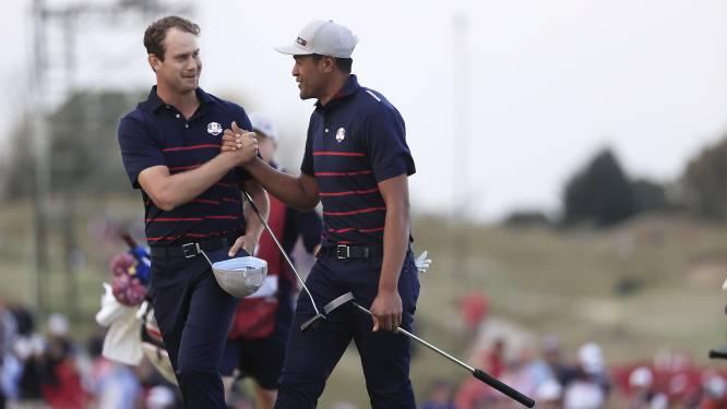 Amerikaanse golfers delen in Ryder Cup eerste tik uit aan Europa