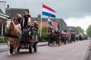 Met hun paarden en aanspanningen verzorgden de leden van menvereniging De Ketshoeve de historische intocht door de drie kernen op Koningsdag 2019.