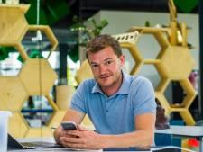 Wie ontwikkelt de langverwachte corona-app? En nog vijf andere vragen
