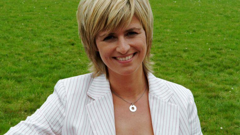 Sabine Hagedoren, weervrouw bij het Belgsiche VRT, zou zich volgens het publiek niet goed kleden Beeld anp