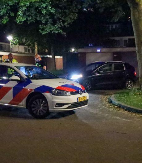 Drie aanhoudingen na schoten vanuit rijdende auto bij tweede vuurwapenincident op één avond in Arnhem