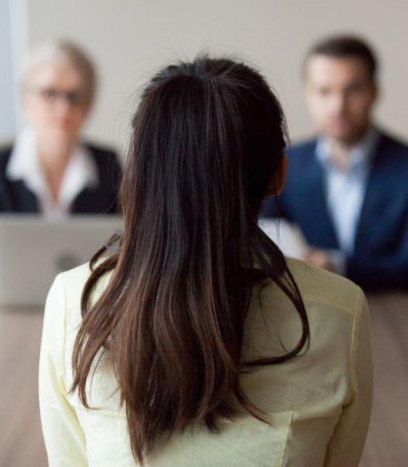 Roos en Nica strijden tegen discriminatie als je een baan zoekt: 'Hét moment om in actie te komen'