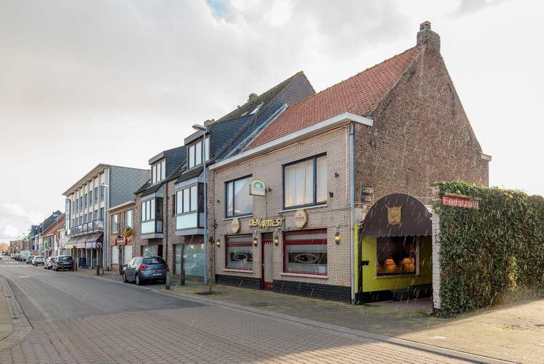Café-feestzaal Den Artiest in de Koningin Astridstraat.