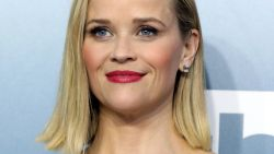 Ultrazachte huid à la Reese Witherspoon? Dit is de budgetvriendelijke cleanser waar ze al jaren bij zweert