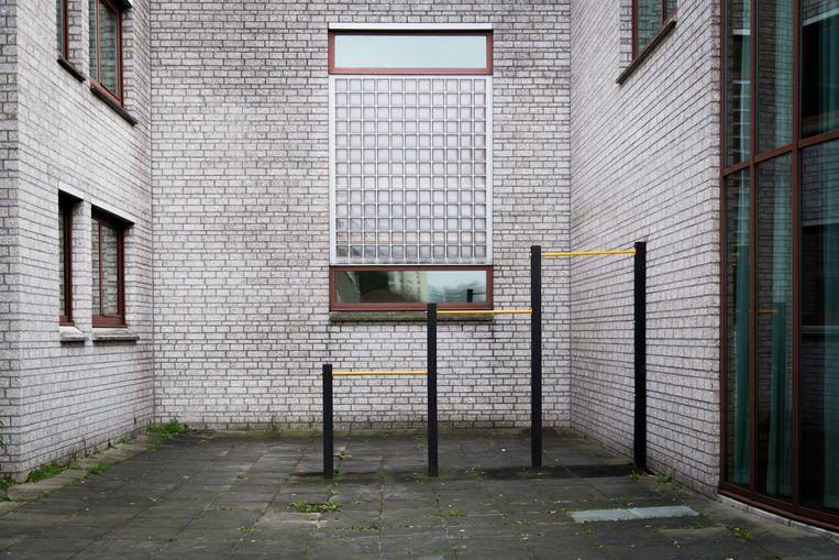 De binnenplaats van tbs-kliniek Inforsa. Beeld Tammy van Nerum
