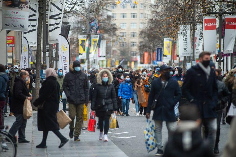 Winkelstraat De Meir in Antwerpen. Beeld Klaas De Scheirder