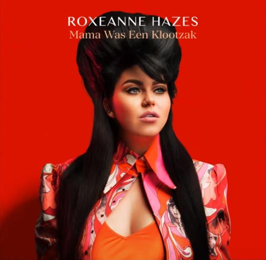 De nieuwe single van Roxeanne wordt gecensureerd.