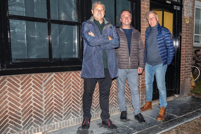 Ruud Brood, Eric Molle en Jenno van Ekeren (vlnr) beginnen een sportcafé in Gorinchem.