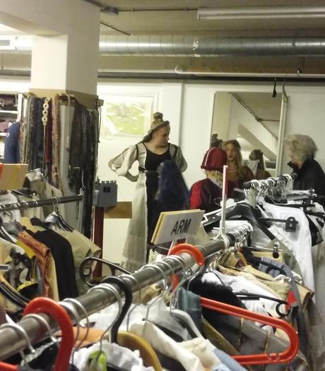 Machinerie uitleen kostuums Hanzefeesten Doesburg op volle toeren