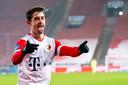 Adrián Dalmau is blij met zijn doelpunt voor FC Utrecht.