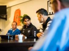 Edward Sijahailatua blijft trainer vrouwenteam Be Quick'28 uit Zwolle