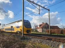 Prorail doet op drie plekken in Oss iets aan herrie van spoor
