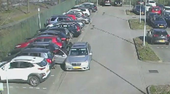 De dieven die drie auto's openbraken bij het ETZ in Tilburg.