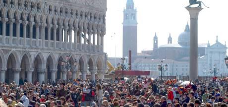 Venetië werkt aan zit- en ligverbod voor toeristen